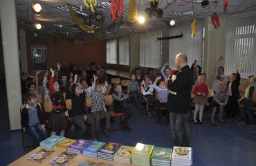 Встреча с детским писателем Валентином Юрьевичем Постниковым 10