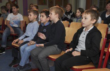 Встреча с детским писателем Валентином Юрьевичем Постниковым 12