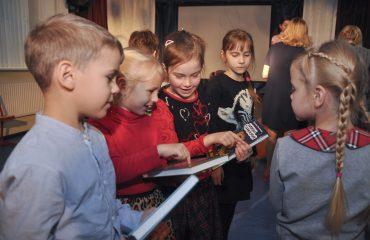Встреча с детским писателем Валентином Юрьевичем Постниковым 16