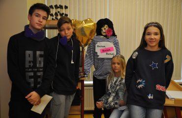 В школе «Премьер» состоялся квест, посвященный году российского кино. 4