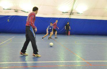 28 февраля в спортивном зале школы состоялся финальный матч на Кубок школы по мини-футболу 8