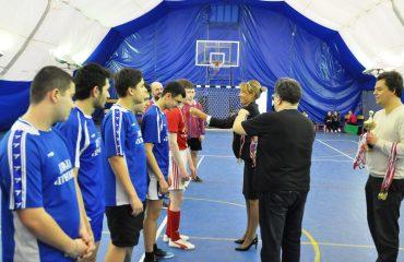 28 февраля в спортивном зале школы состоялся финальный матч на Кубок школы по мини-футболу 11