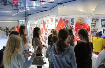 28 ноября обучающиеся 5-8 классов побывали на экскурсии в Государственном музее спорта в рамках олимпиады «Музеи. Парки. Усадьбы» 7