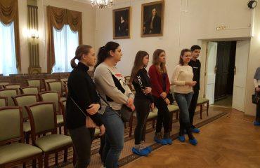 8 декабря обучающиеся 10-11-х классов посетили театрализованную экскурсию в доме - музее Н.В. Гоголя. 2