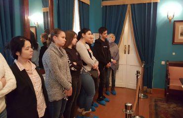 8 декабря обучающиеся 10-11-х классов посетили театрализованную экскурсию в доме - музее Н.В. Гоголя. 3