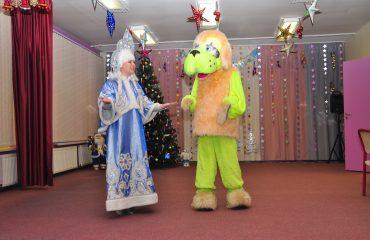 Утренник с Дедом Морозом в детском саду 16