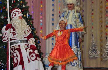 Утренник с Дедом Морозом в детском саду 1