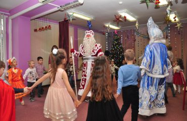 Утренник с Дедом Морозом в детском саду 23