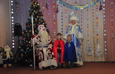 Утренник с Дедом Морозом в детском саду 32