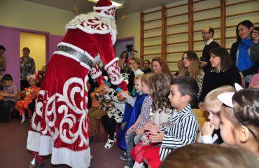 Утренник с Дедом Морозом в детском саду 33