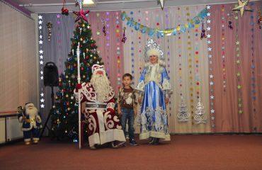 Утренник с Дедом Морозом в детском саду 36
