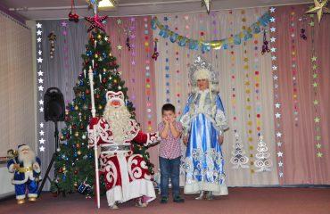 Утренник с Дедом Морозом в детском саду 3