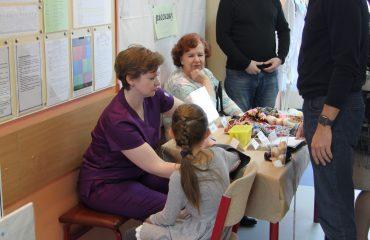 17 марта в школе «Премьер» прошла благотворительная пасхальная ярмарка 18