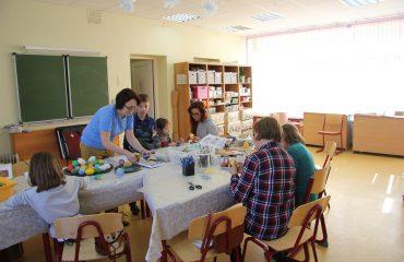17 марта в школе «Премьер» прошла благотворительная пасхальная ярмарка 19