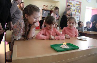 17 марта в школе «Премьер» прошла благотворительная пасхальная ярмарка 25