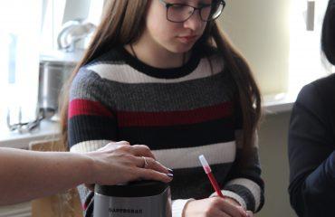 17 марта в школе «Премьер» прошла благотворительная пасхальная ярмарка 7