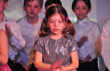 6 марта в школе «Премьер» прошёл праздник  под названием «Мамины мечты», посвящённый 8 Марта 12