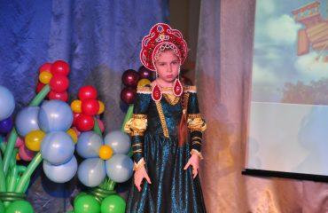6 марта в школе «Премьер» прошёл праздник  под названием «Мамины мечты», посвящённый 8 Марта 18