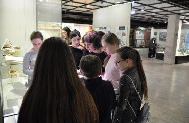 В феврале обучающиеся 5-6 классов посетили   с экскурсией Дарвиновский Музей 8