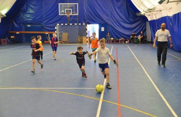 В товарищеском матче по мини-футболу впервые приняли участие юные премьеровцы. 9