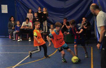 В товарищеском матче по мини-футболу впервые приняли участие юные премьеровцы. 5
