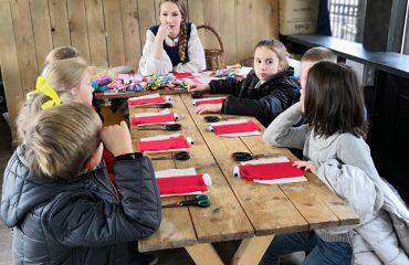 26 октября обучающиеся начальной школы «Премьер» посетили тематические площадки  фестиваля «Золотая осень» 5