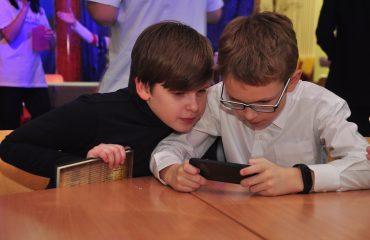 13 декабря в школе «Премьер» состоялась Рождественская благотворительная ярмарка 9