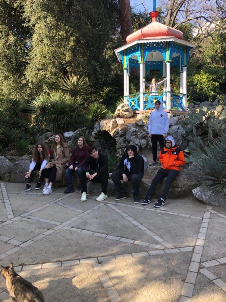 Группа обучающихся 9-10 классов Школы «Премьер» посетила с образовательной поездкой Крым 5