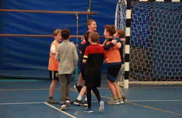 17 апреля состоялся  матч по футболу между школами «Премьер» и Лицей «Столичный» 1