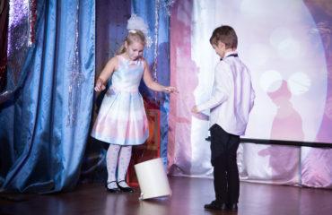 """Новогодний спектакль """"Щелкунчик и мышиный король» в начальной школе 35"""